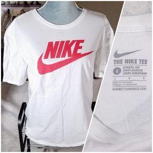 The Nike Tee Athletic Cut Crew Neck Logo T-Shirt